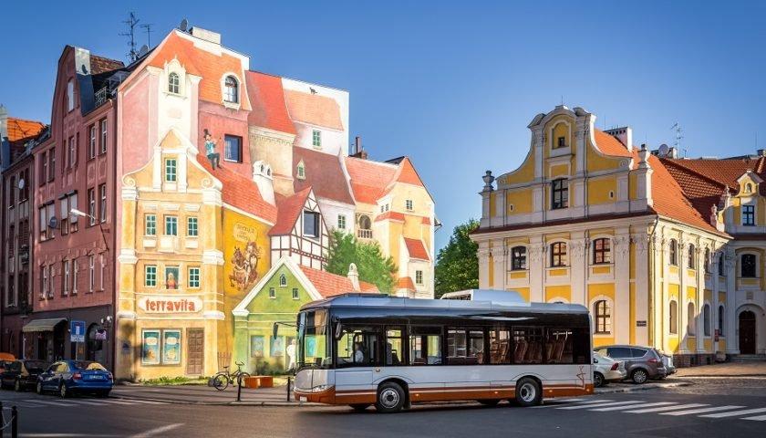 Solaris Bus a semnat contracte pentru a livra autobuze electrice mai multor operatori din Norvegia